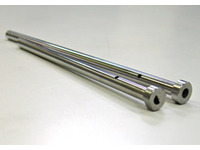 The gas is exhausted from the upper of ejector plate [Gas venting pin for the molding die]