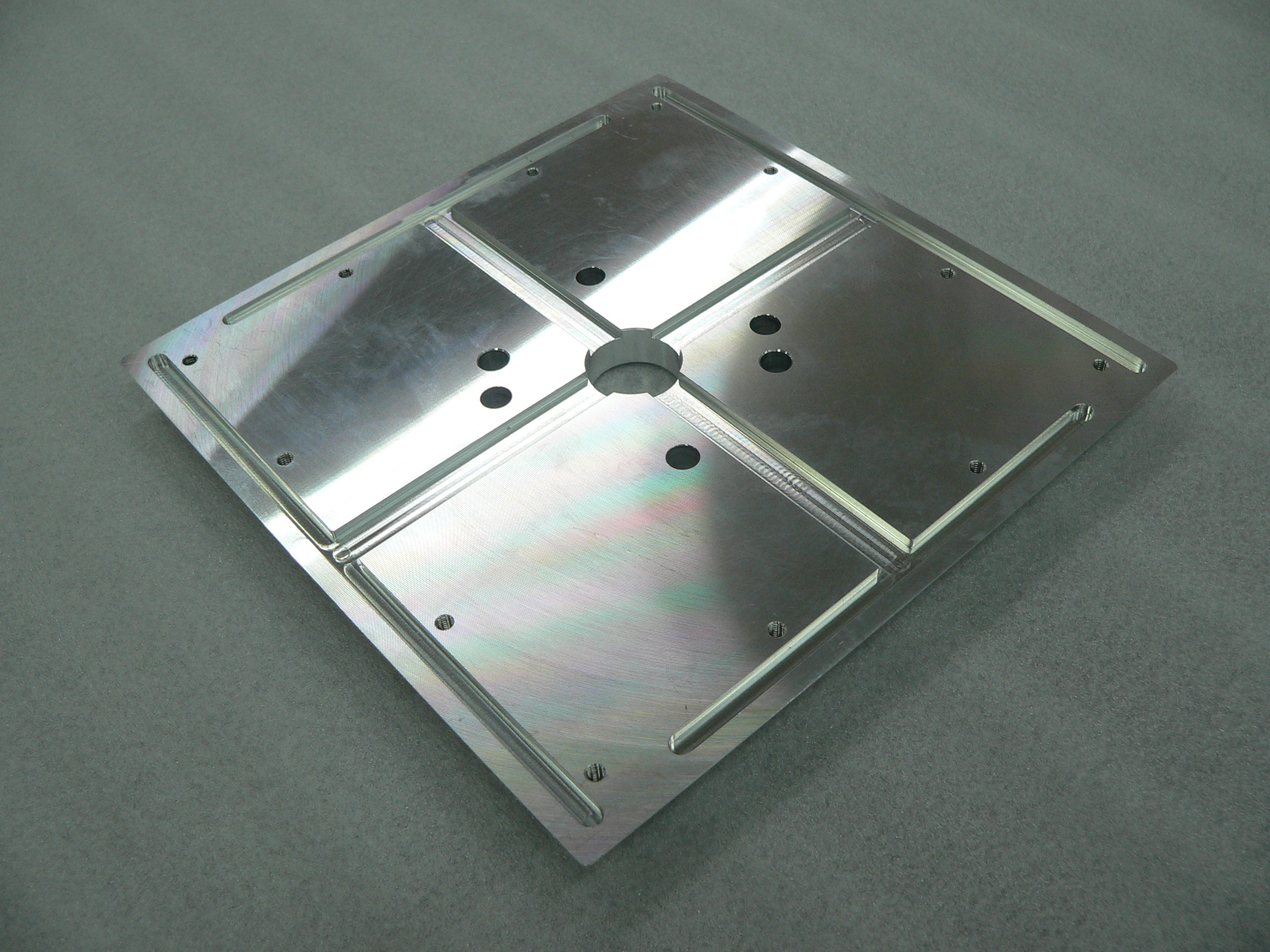 Aluminum plate processing, large plate processing, prototype production – medical